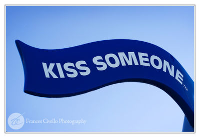 KissSomeoneLR