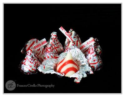 CandyCaneKissesLR