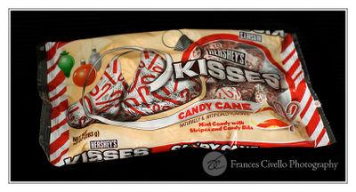 CandyCaneKissesBagLR